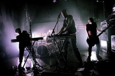 Groupe Bruit qui court sur scène