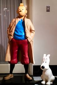Milou accompagne Tintin (maquette)