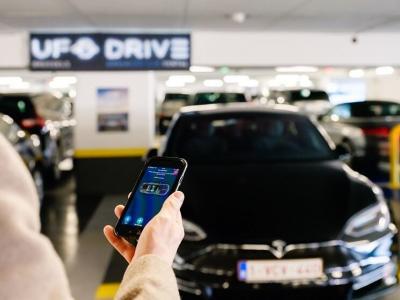 Ufodrive.com fast track car rental - Crédit visuel Melvinkobe photography