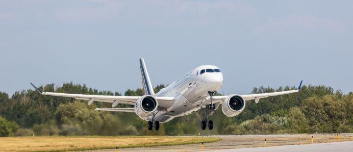 Air France takeoff Airbus A220