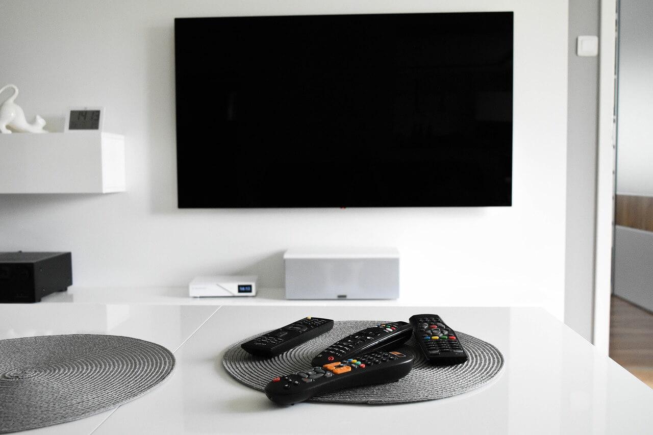 Ecran de télévision - décodeur
