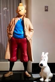 Milou accompagne Tintin (maquette)